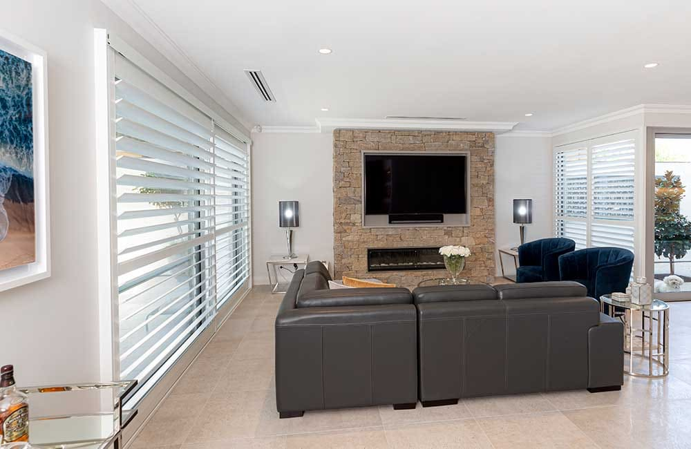 Top 4 reasons to choose plantation shutters for sliding doors